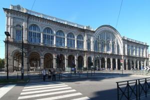 Stazione Ferroviaria di P. Nuova su Corso Vittorio Emanuele