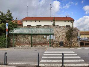 San-Gimignano-bus-stop to-Siena