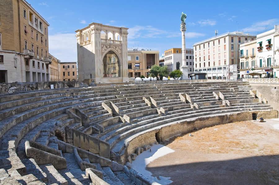 Risultati immagini per Anfiteatro Romano Lecce