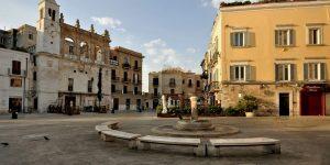bari-piazza-mercantile