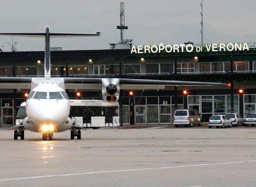 Aeroporto Verona Arrivi : Aeroporto di verona i collegamenti sitabus